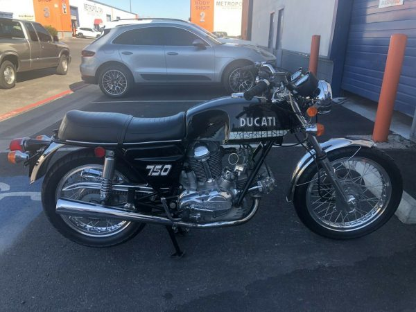 1972 Sport Touring Ducati 750 GT Collectors Rare As New